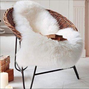 Luxury Soft Faux Sheepskin Area Rugs for Bedroom